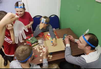 volunteer-playing games in the cafe